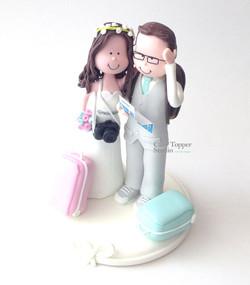 wedding-cake-topper-funny-traveling