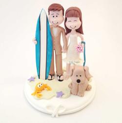 wedding-cake-topper-funny-surfer-beach-2