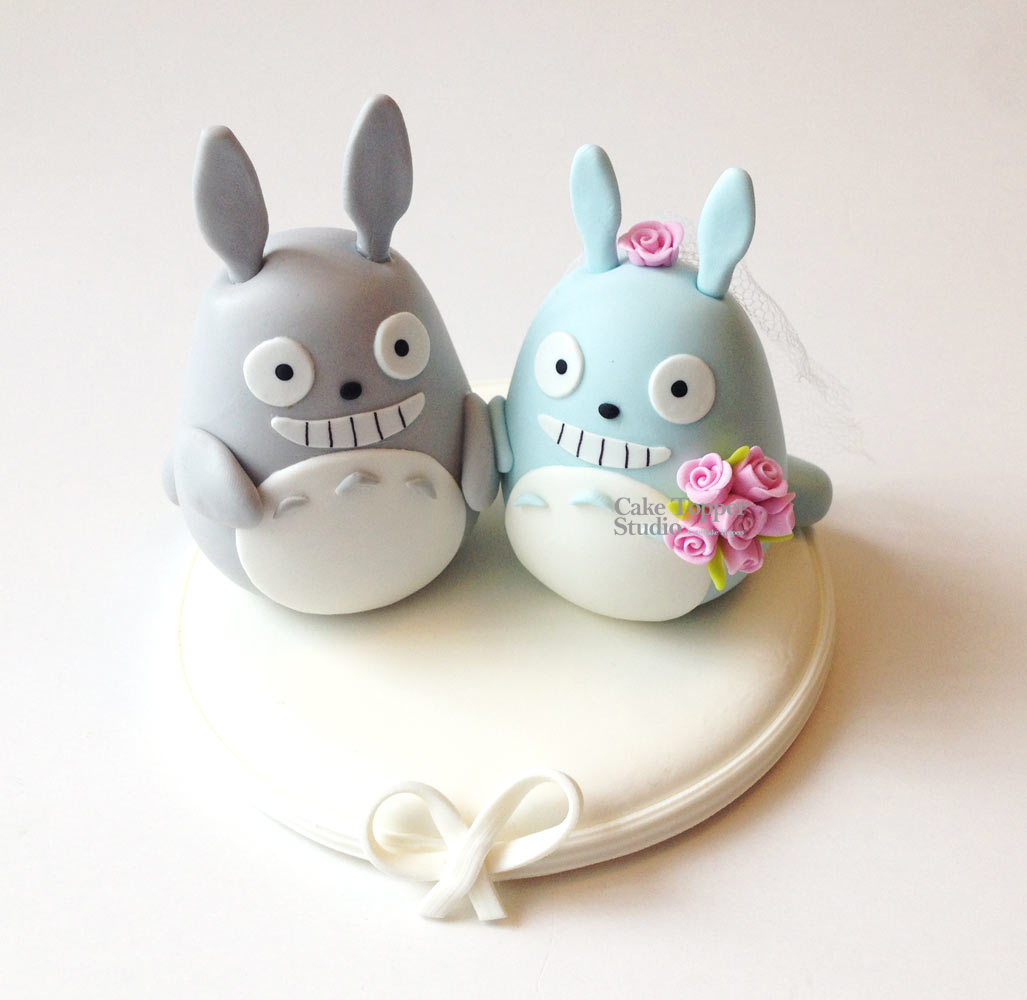 wedding-cake-topper-funny-totoro