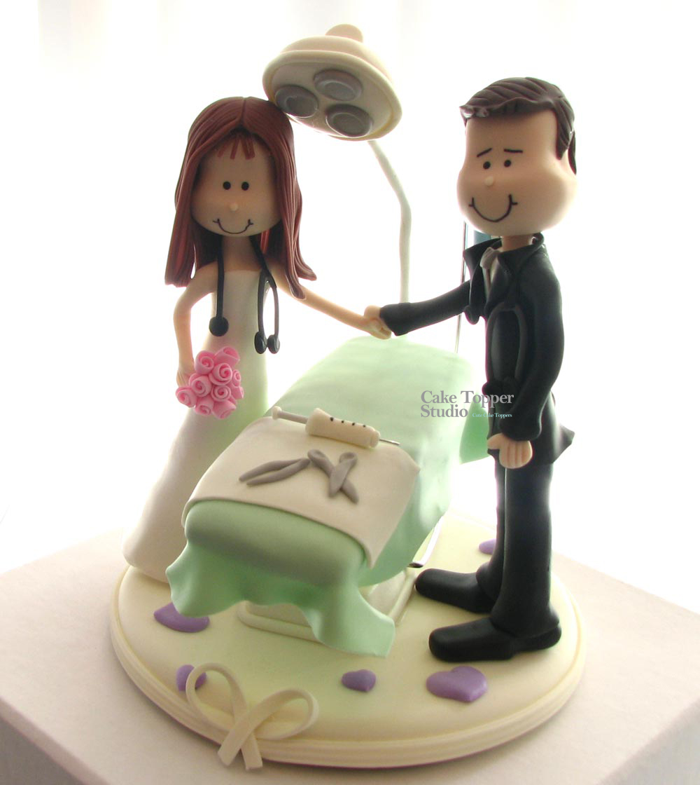 cake-topper-wedding-doctors-2