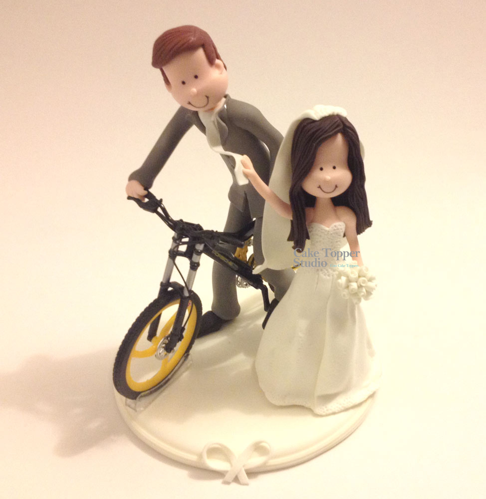 wedding-cake-topper-funny-bike-3