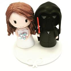 wedding-cake-topper-darth-vader-2