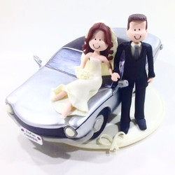 wedding-cake-topper-car-vintage-2