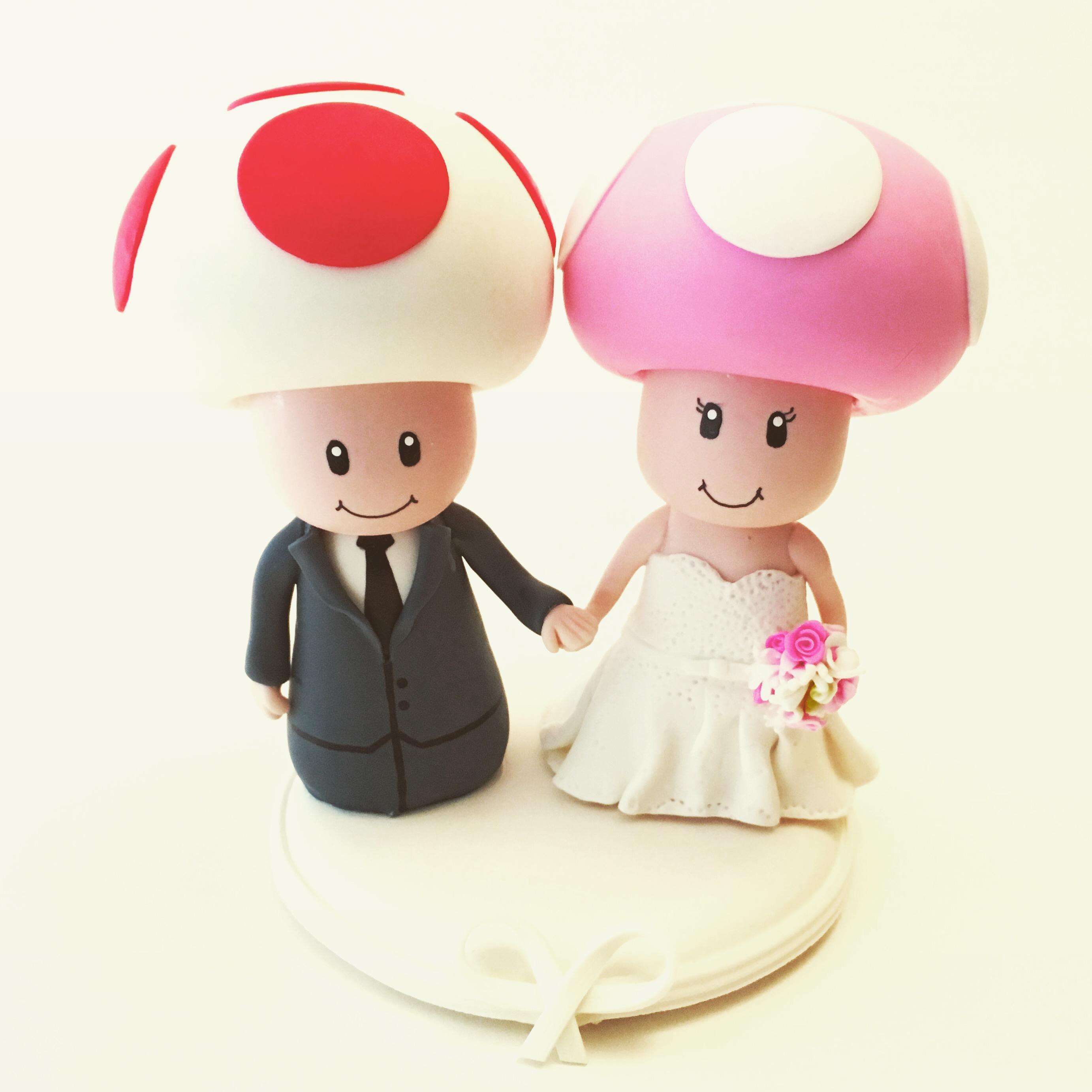wedding cake topper toad toadete 2