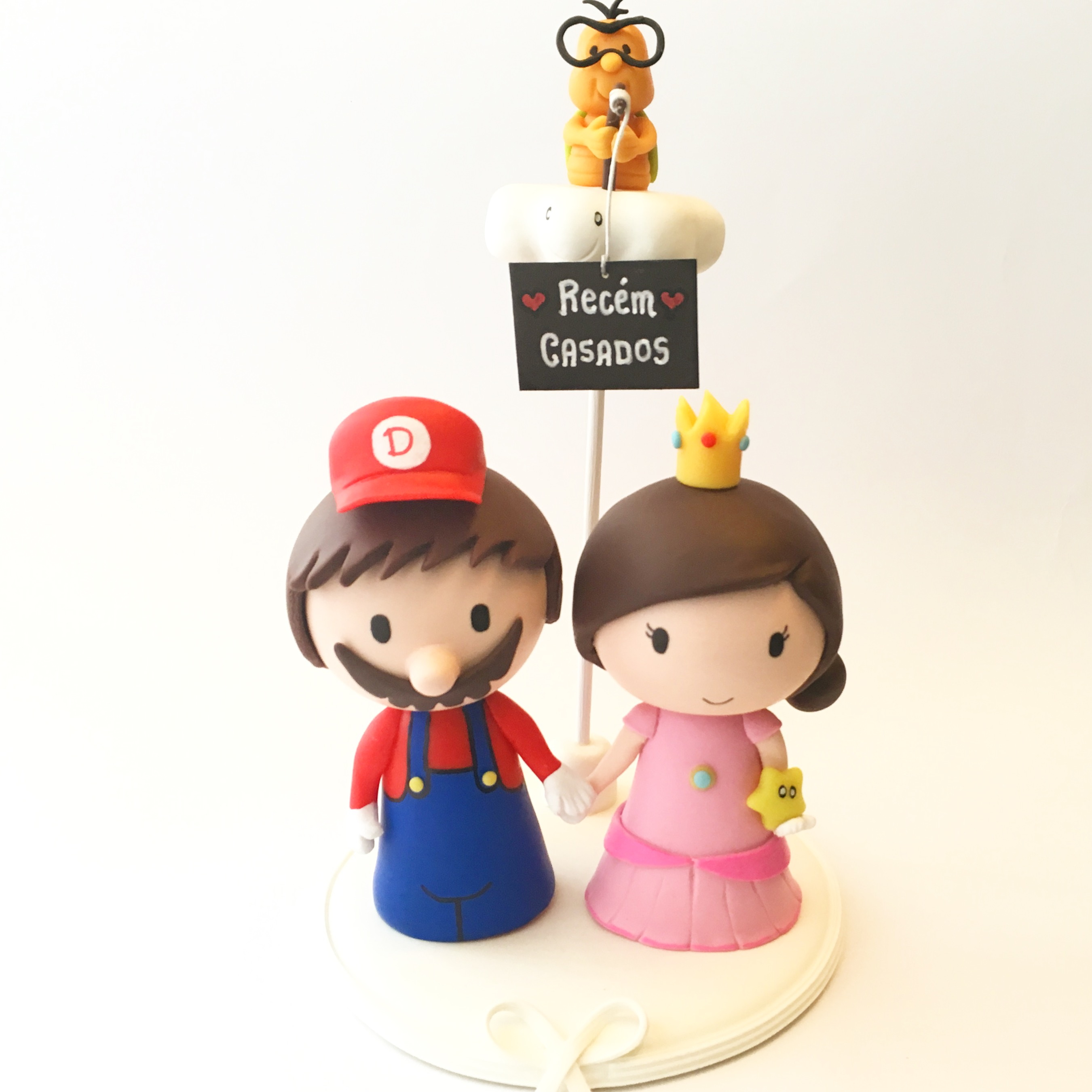 Cute-wedding-cake-topper-mario-peach-lakitu