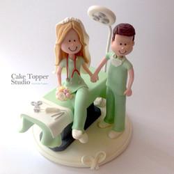 weedding-cake-topper-doctor_edited