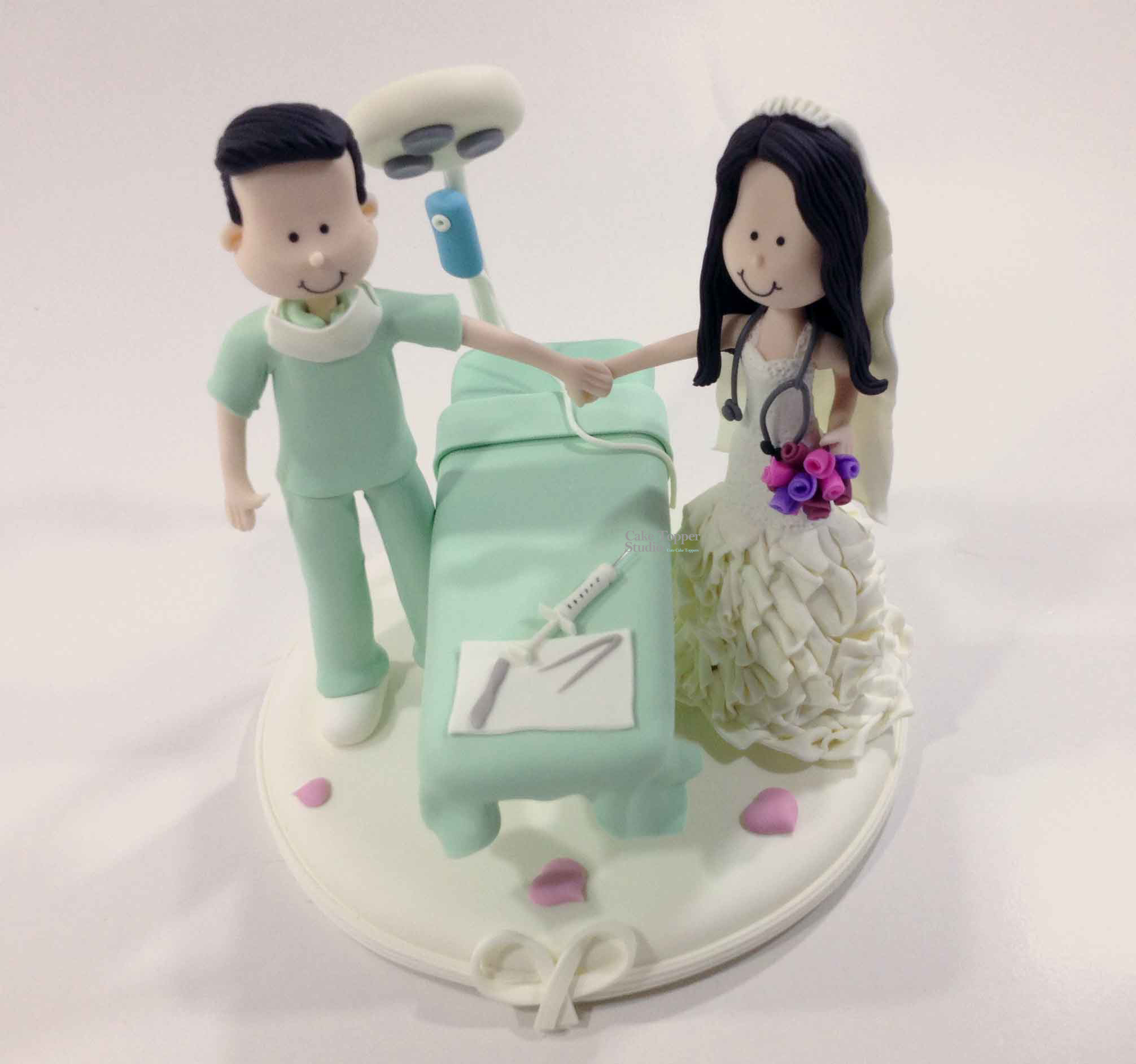 wedding-cake-topper-funny-doctors-2
