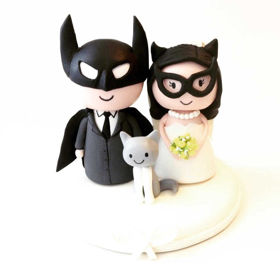 Wedding-cake-topper-Batman-batgirl-2