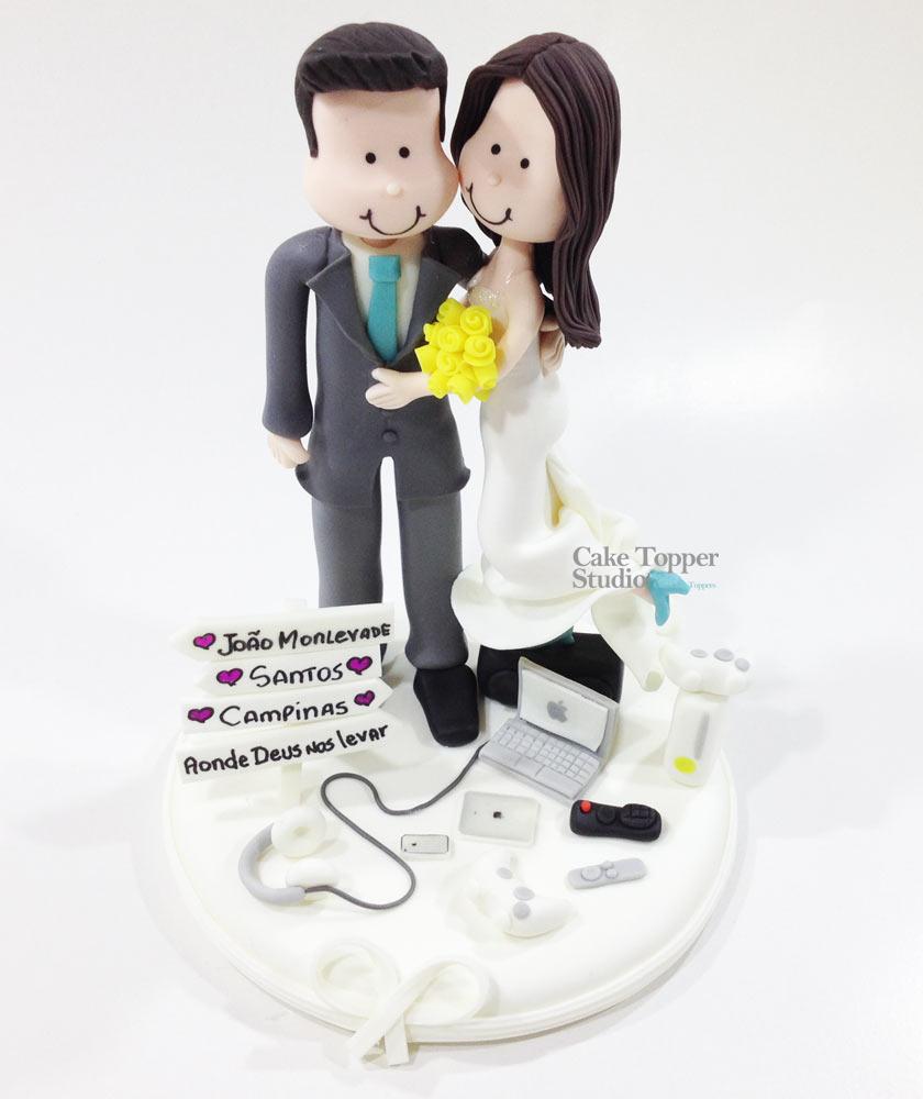 wedding-cake-topper-funny-apple-tecnologies