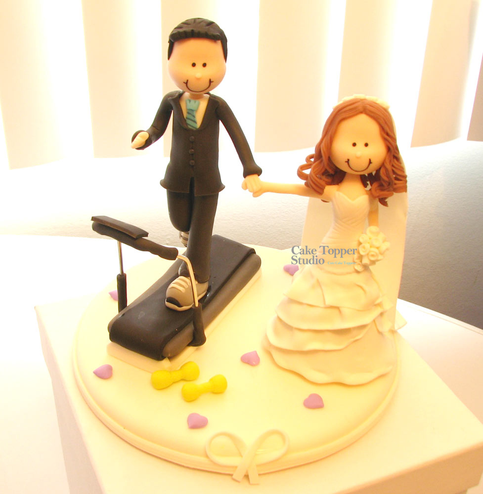 wedding-cake-topper-funny-gym-2