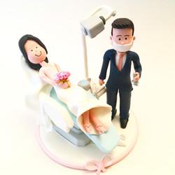 wedding-cake-topper-dentist-13