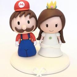 wedding-cake-topper-mario-bros-peach