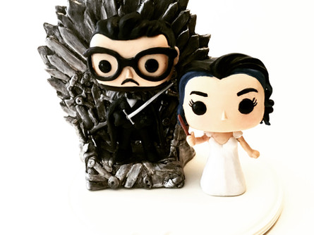 Wedding cake topper - Game of thrones theme