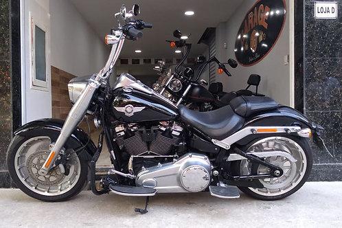 HD Harley Davidson Softail Fat Boy 2018 Preta