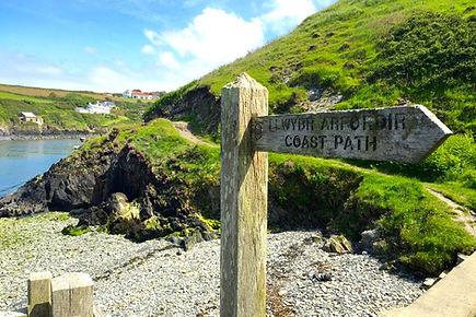 pembrokeshire-coastal-path.jpg