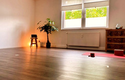 yoga mindful studio lich