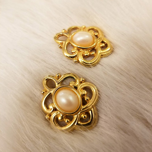 Vintage Fashion Stud Earrings
