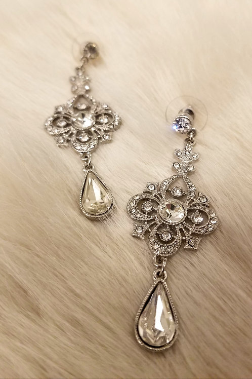 Vintage Dazzling Drop Earrings