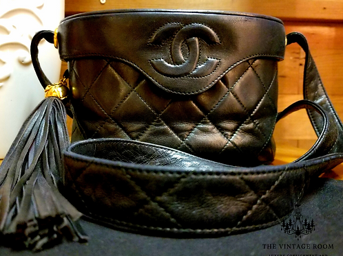 Vintage Chanel Quilted Cross Body Bag