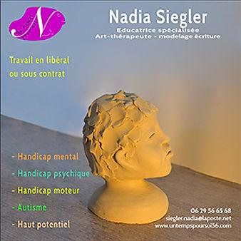Paquette de Nadia Siegler art-thérapeute