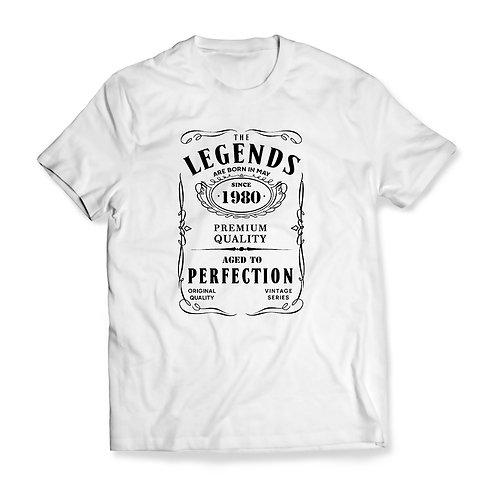"""Tricou """"The Legends ..."""" personalizat cu ziua Ta de naștere"""