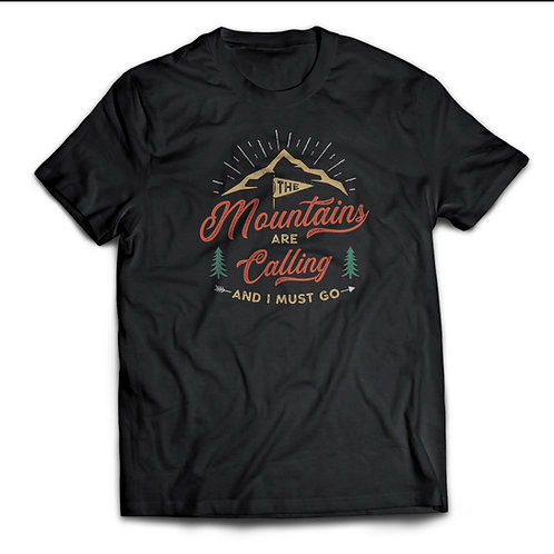 """Tricou """"The Mountains are Calling"""""""