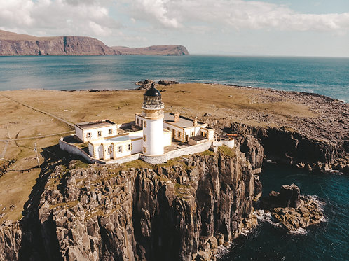 Neist Point Lighthouse 16x20
