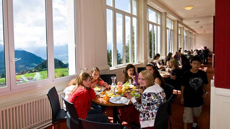 meals-summer-camps-switzerland
