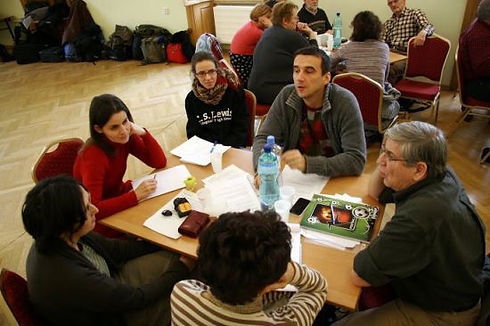group_discussion-550x366.JPG