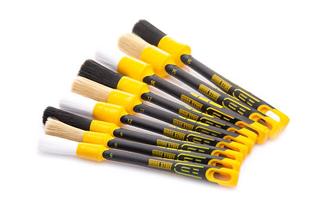 white_brush_set_001.jpg