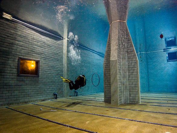 Hauptbecken Divers Indoor Aufkirchen