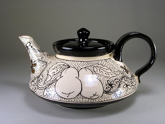 Pear Teapot Squat Shaped with black border