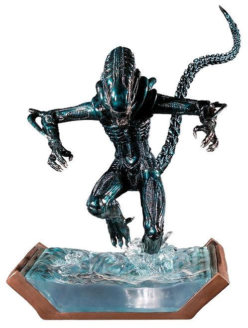 Aliens - Alien Water Attack Statue
