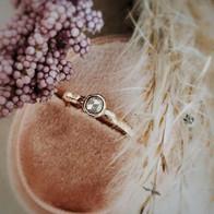 Gouden ring met roos diamant in geel goud