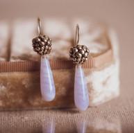 Zilveren besjes oorbellen met blue lace agaat