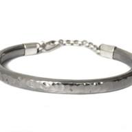Armband van titanium uit rug en zilveren slot