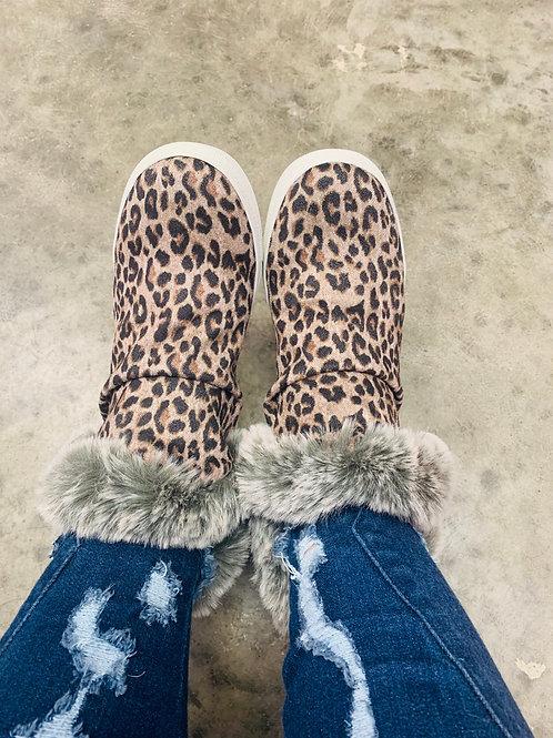 Very G Plush Leopard