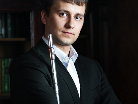 OPUS 2. Участники заключительной программы цикла: Сергей Журавель.