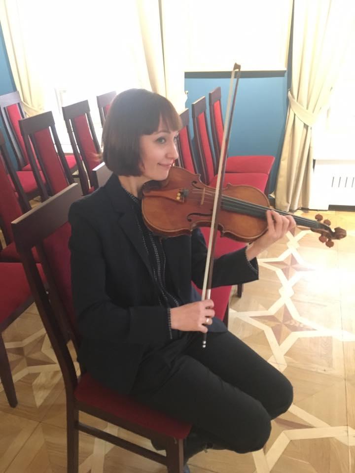 А. Янчишина в ожидании 4-го концерта