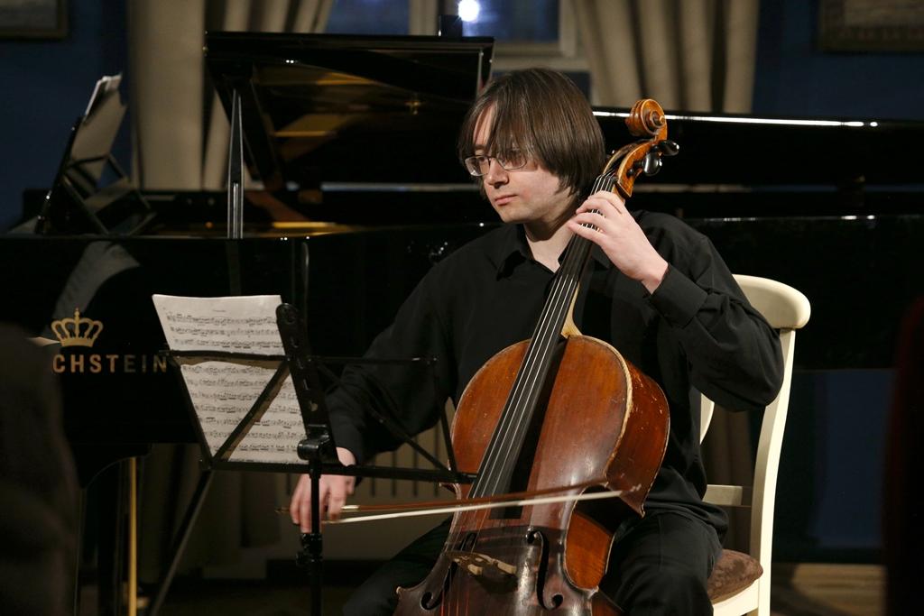 Сергей Суворов