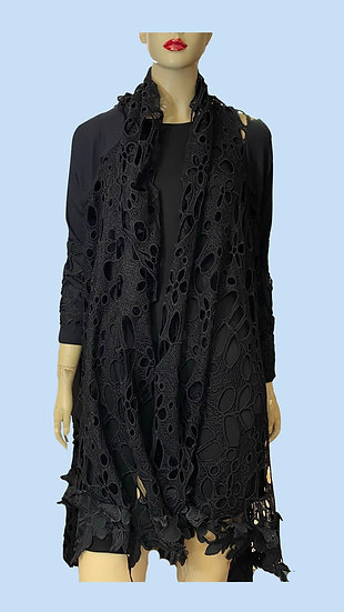 Throw/Jacket- Simply Couture. Size Woman 2XXL. 100% polyester, lace motif.