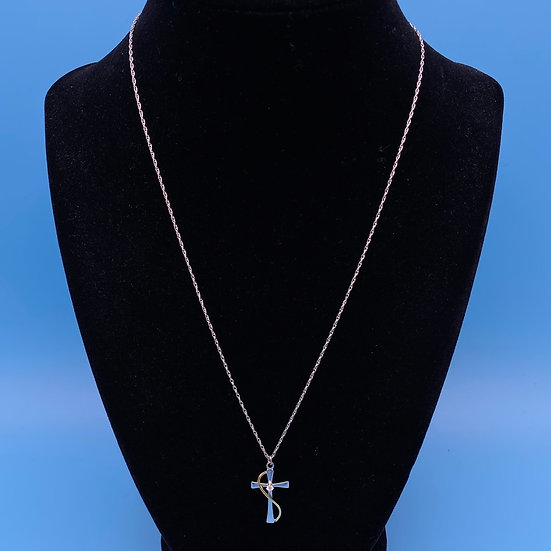 Sterling silver necklace with silver cross.