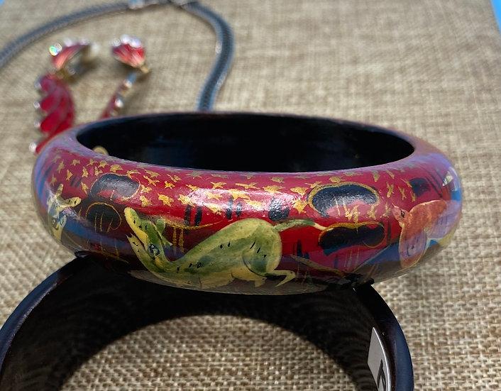 "Bracelet- beautifully painted animals on wood Width 3"""