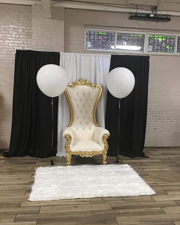 Throne chairs available for rent. DM_Set