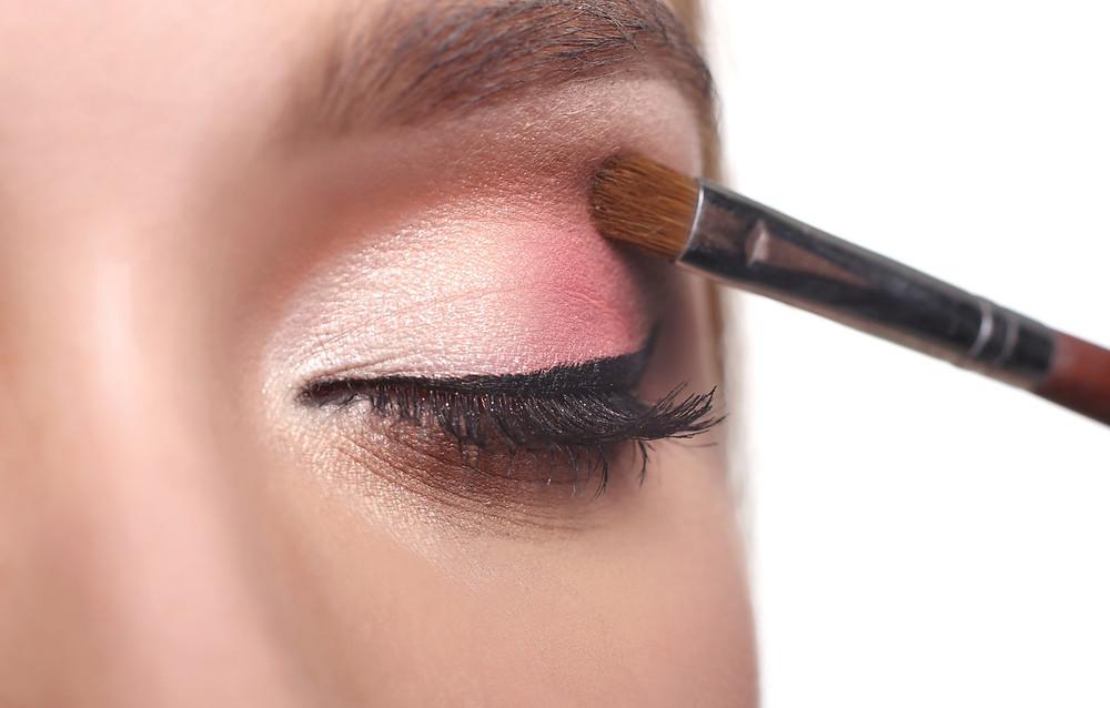 Blending Eyeshadow Makeup Blog