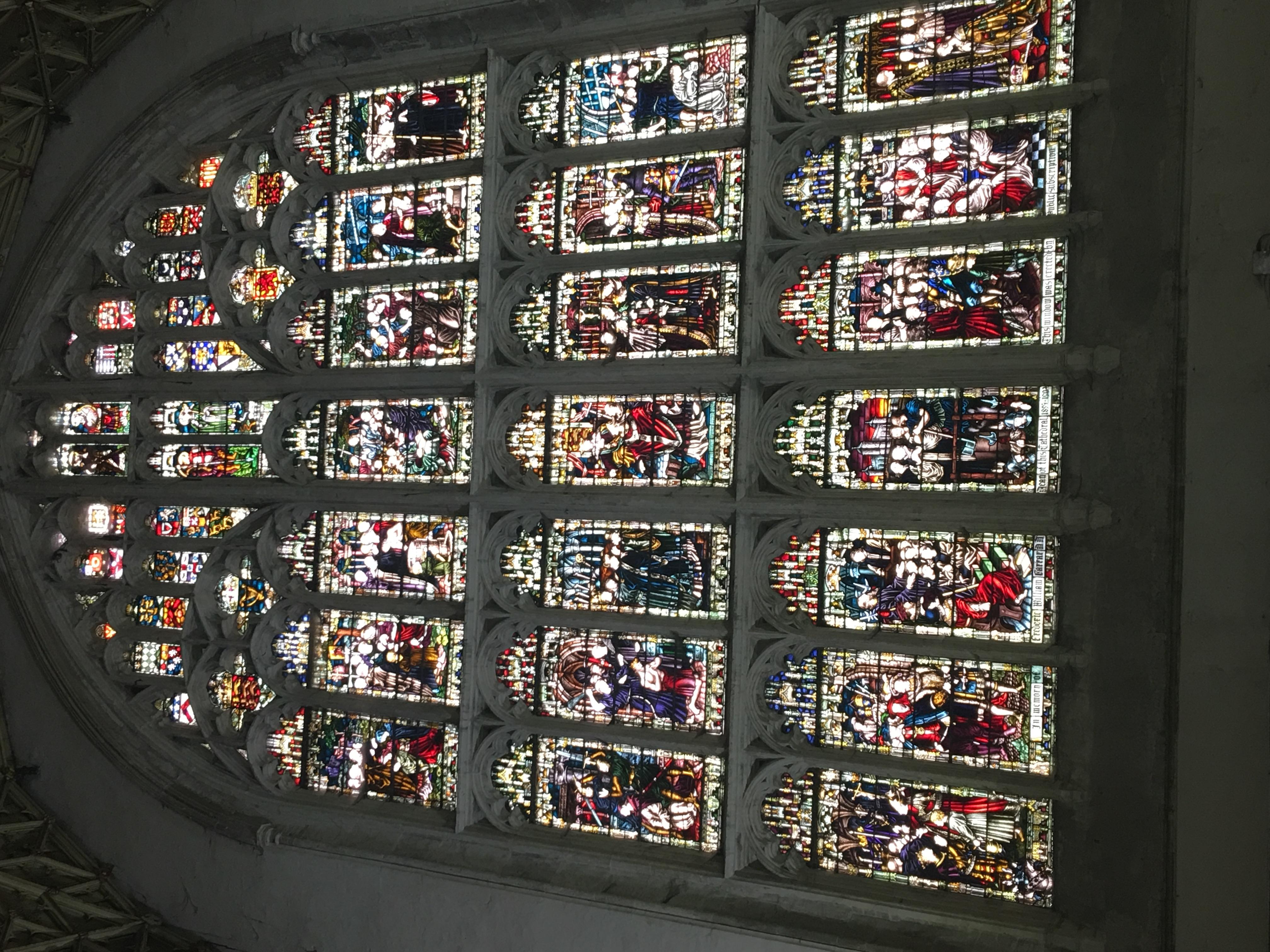 Витражи собора в Кентербери
