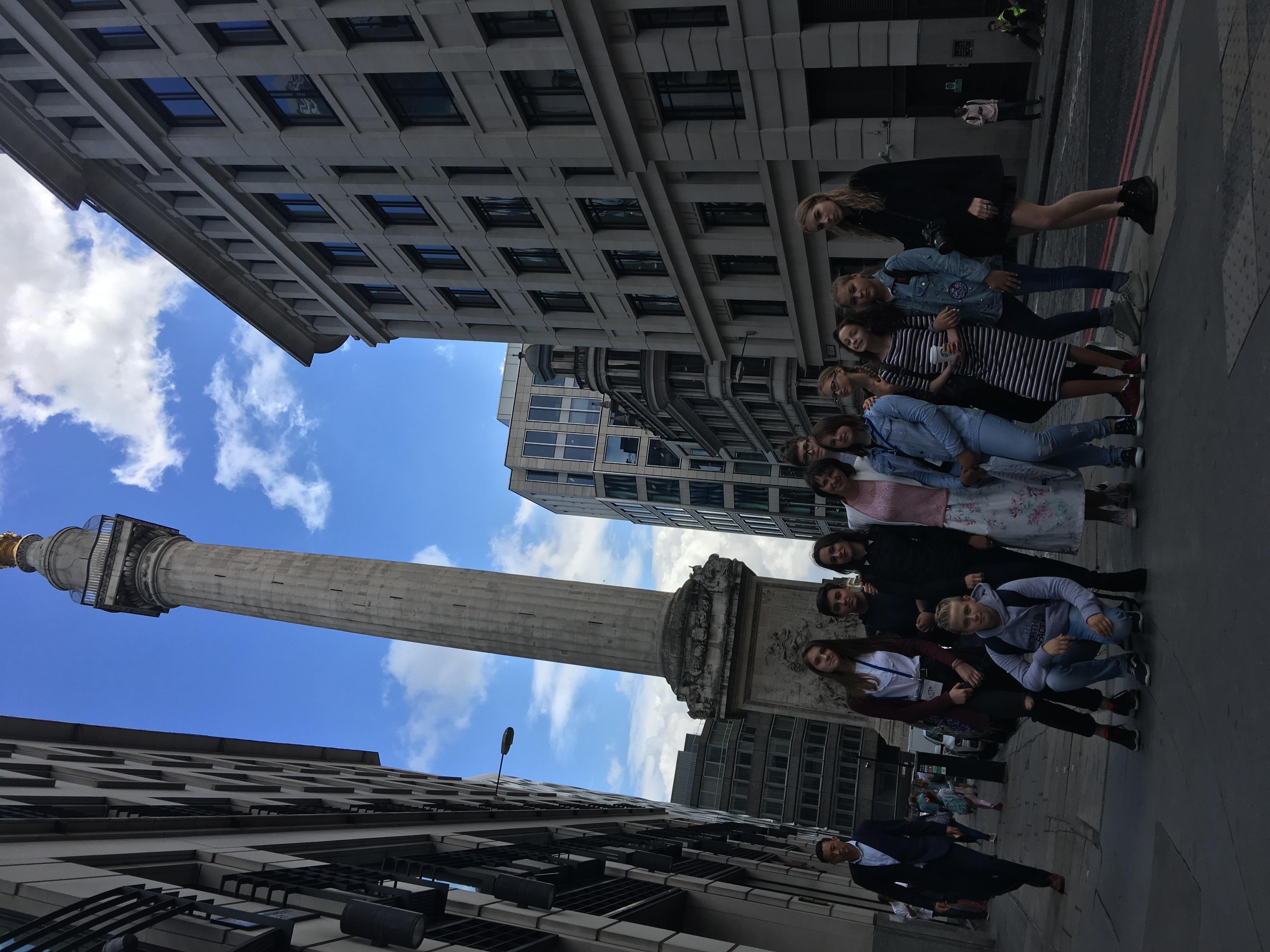 Монумент в Лондоне