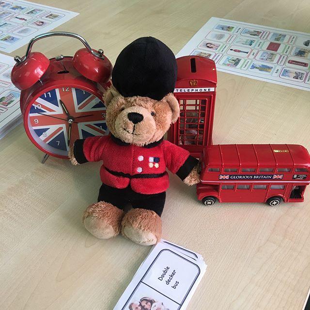 Сегодня тема дня у нас на наших интенсивных курсах была Get to know the UK 🇬🇧 мы познакомили наших