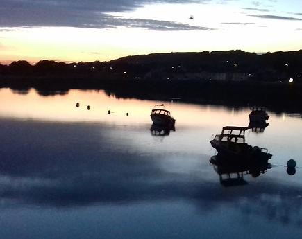 Harbour%20sunset_edited.jpg