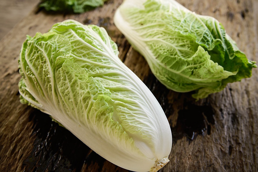 Cabbage chinese (Wom Bok) Whole